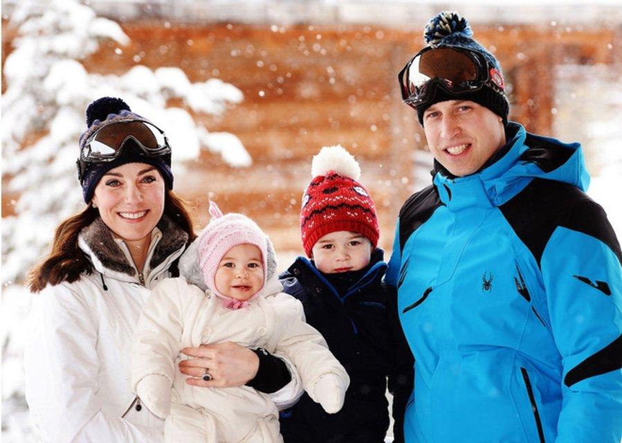 Кейт Миддлтон рассказала, как принц Джордж стал на лыжи в первый раз - фото 106910