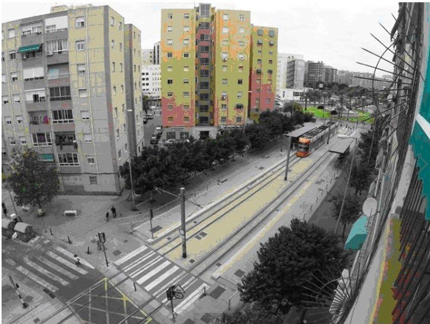Вид из окна испанской квартиры Елены Исаевой - фото 114472