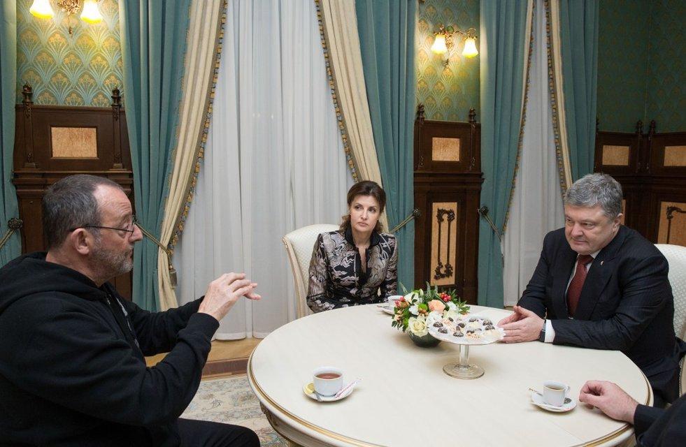 Жан Рено приехал к Порошенко после съемок в украинском фильме - фото 113928