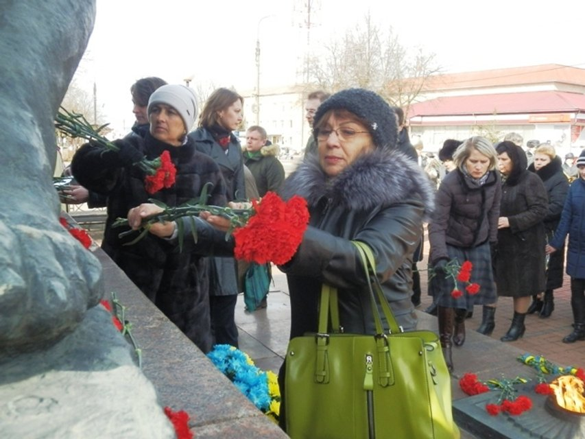 Україна пам'ятає - фото 111273