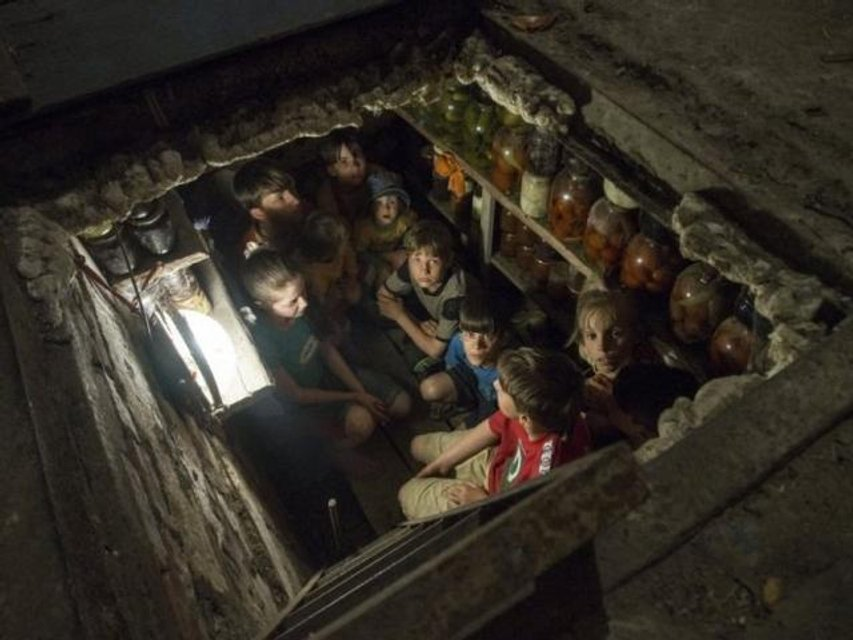 Украинские дети - жертвы 'русского мира' на Донбассе - фото 116016