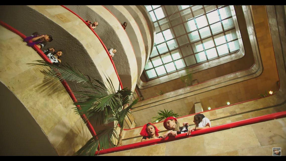 ХХДД: MamaRika обнажилась в новом клипе - фото 112281