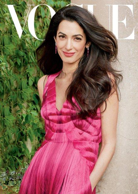 Амаль Клуни впервые позировала для глянца - фото 118650