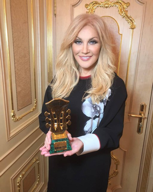 Таисия Повалий похвасталась очередной наградой в России - фото 121362