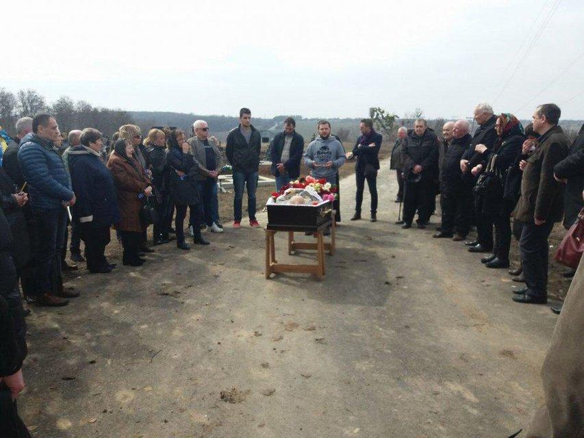 В Полтавской области попрощались с Юрием Солошенко, освобожденным из плена РФ - фото 118134