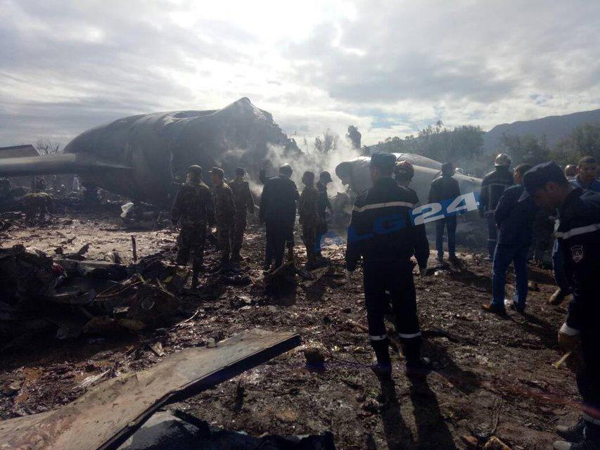 В Алжире разбился военный Ил-76, до 200 жертв - фото 118827