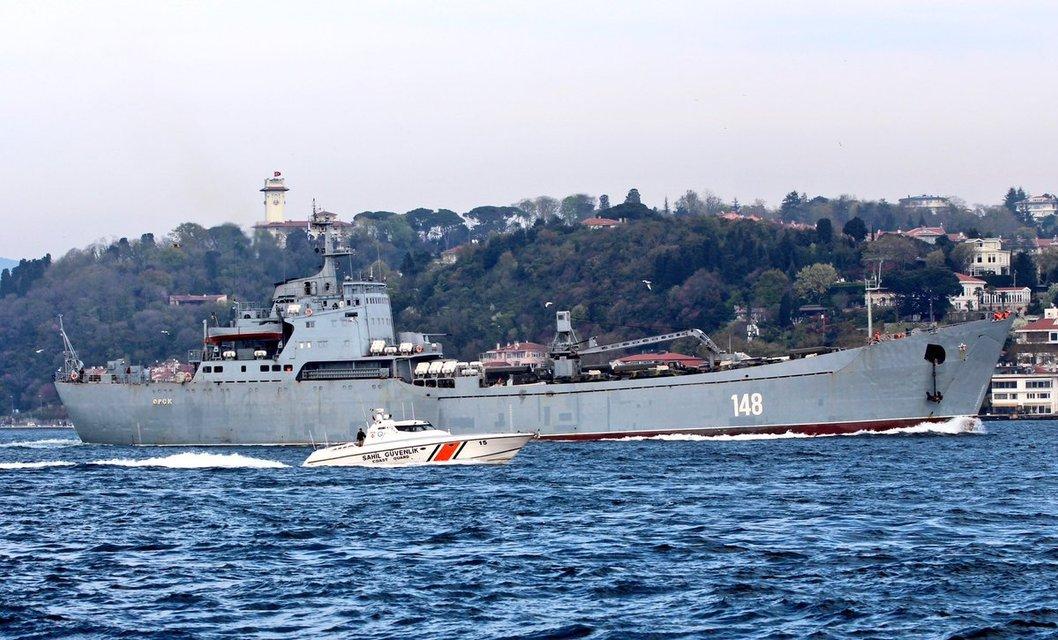 Россия отправила в Сирию новую военную технику - фото 119766