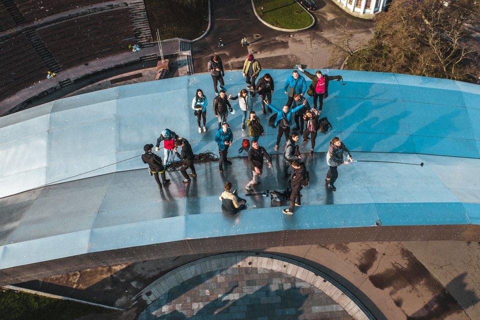 Киевские руферы встречали рассвет на Арке Дружбы народов - фото 119676