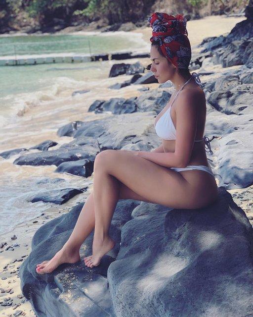 Настя Каменских станцевала в купальнике - фото 118073