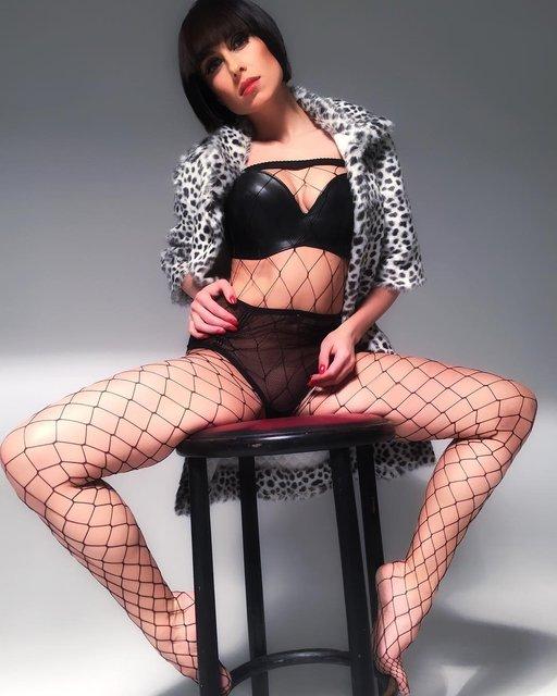 Экс-солистка Nikita в прозрачном белье поразила фантазию поклонников - фото 119339