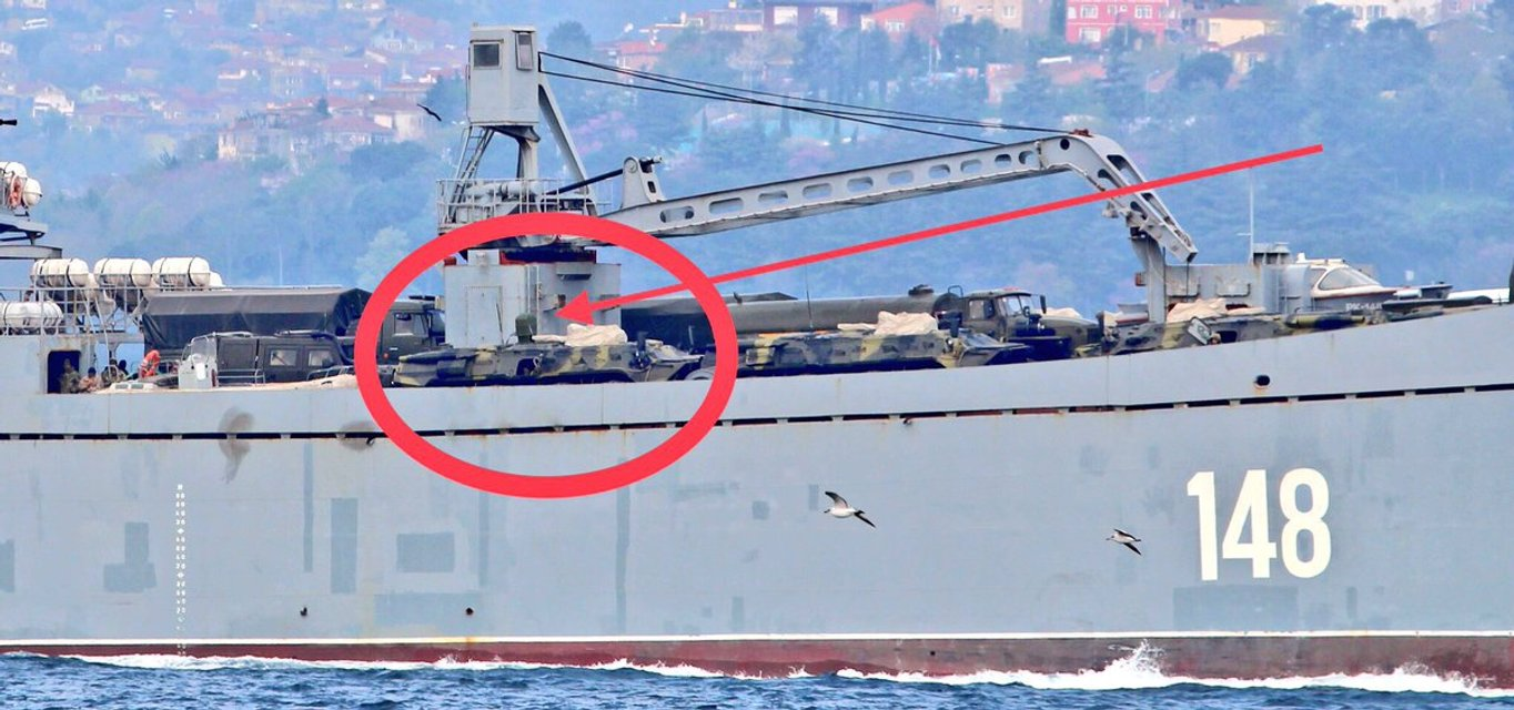 Россия отправила в Сирию новую военную технику - фото 119765