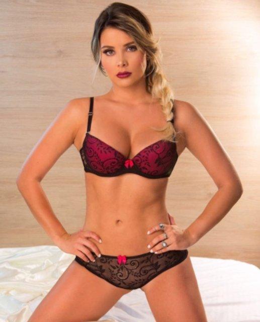 Playboy выбрал самую сексуальную модель Instagram (18+) - фото 120673