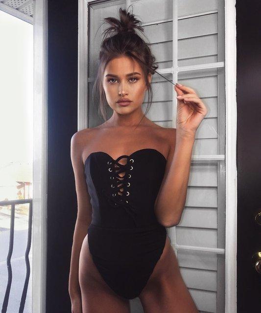 Модель Playboy отбила Бруклина Бекхэма у Хлои Морец - фото 118458