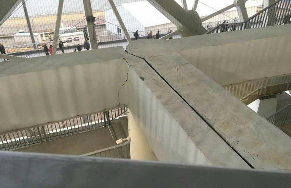 ЧМ-2018: в России разваливается новый стадион (ФОТО) - фото 121607