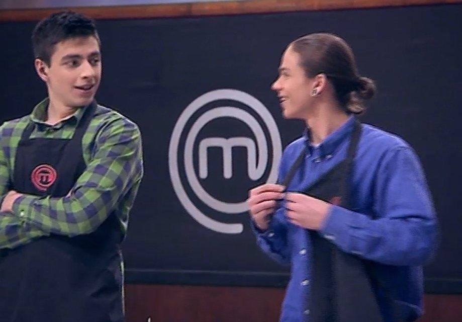 МастерШеф Подростки 15 выпуск: встреча высокопоставленных гостей юными кулинарами - фото 124047