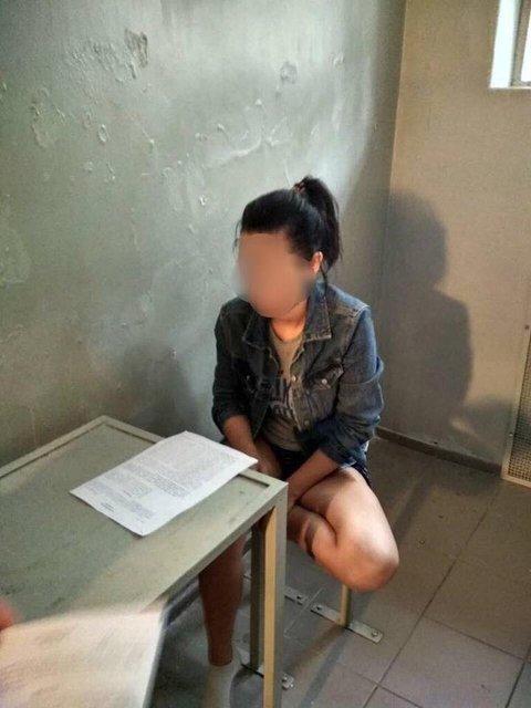 Нападение на киборга: Одной из задержанных объявили подозрение - фото 123515