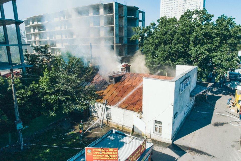 Пожар в кинотеатре Киева 'Экран': подробности - фото 127597