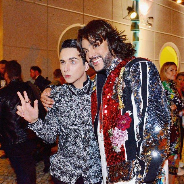 В сети активно обсуждают фото Melovin'a с Филиппом Киркоровым - фото 125127