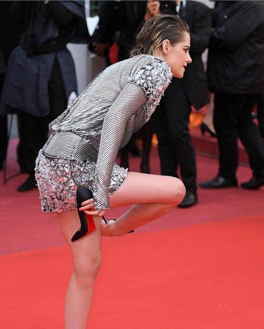 Пока еще трезвая Кристен Стюарт шокировала выходкой на Каннском фестивале - фото 125001