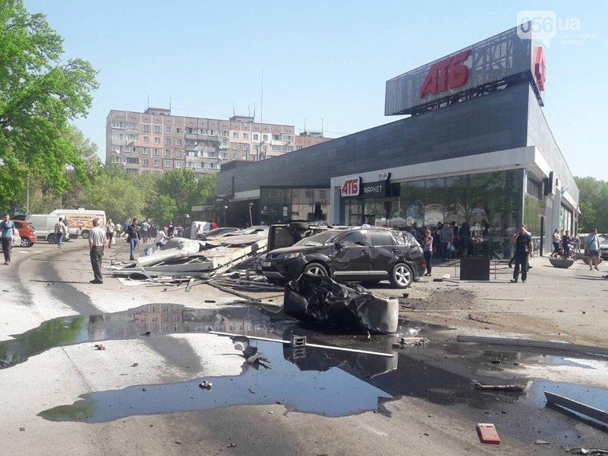 Жуткое видео: В Днепре фура влетела в 13 автомобилей, есть жертвы (18+) - фото 123117