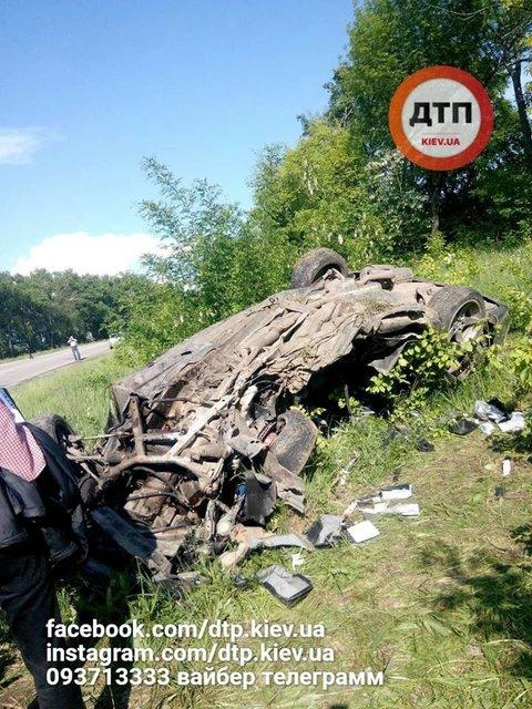 Скрывались от погони полиции: в ДТП на Сумщине погибли парень и беременная девушка - фото 126070