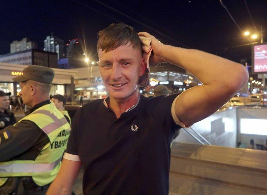 Добро пожаловать: В Киеве избили фанатов Ливерпуля - фото 127097