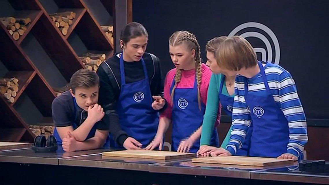МастерШеф Подростки 14 выпуск: проверка прочности дружбы кулинарными испытаниями - фото 122878