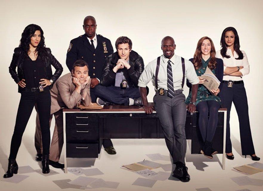 Канал Fox объявил о закрытии сериалов 'Бруклин 9-9' и 'Последний человек на Земле' - фото 124453