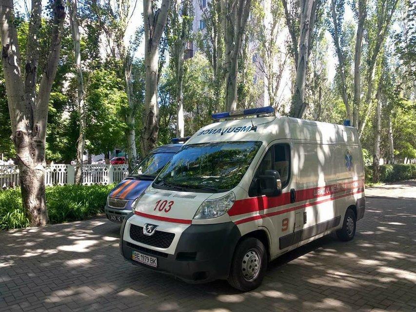 В николаевской школе распылили едкий газ, 36 детей попали больницу - фото 126263