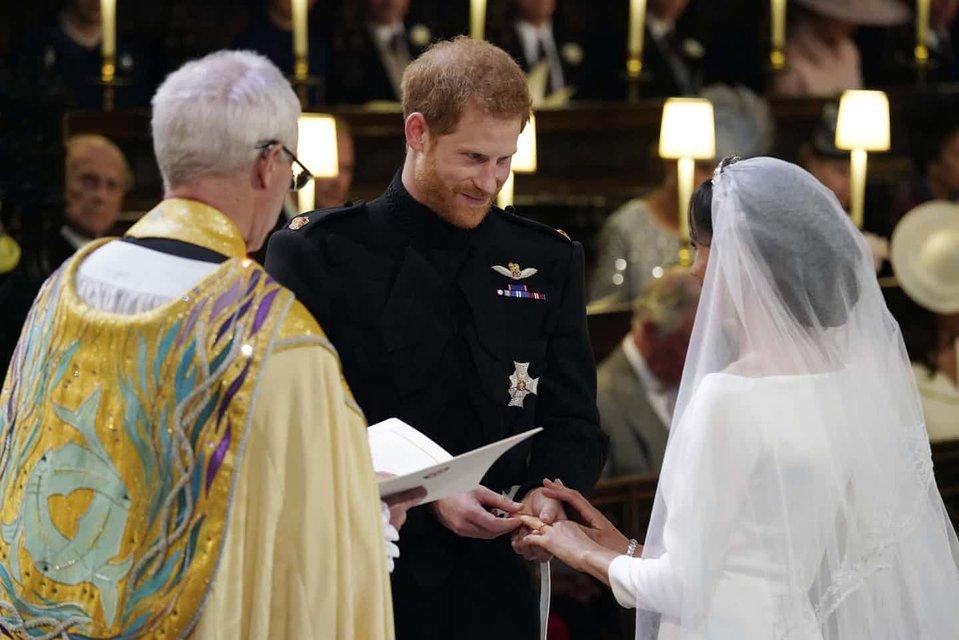 Меган Маркл и Принц Гарри стали мужем и женой (ФОТО) - фото 125999