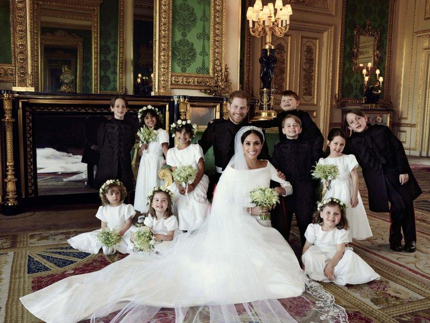Свадьба принца Гарри и Меган Марк: в сети появились первые семейные фото - фото 126327
