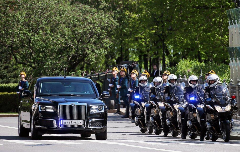 'Инаугурация царя': Путин останется президентом РФ до 2024 года - фото 123529