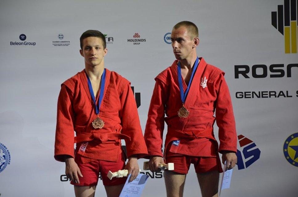 Украинцы завоевали 7 медалей на чемпионате Европы по самбо - фото 125973