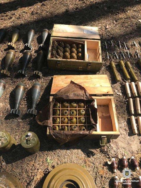 280 гранат и 37 мин: В Днепре обнаружили боеприпасы из Донбасса - фото 126677