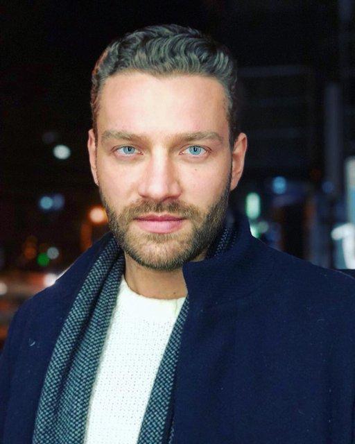 Украинский актер признан самым красивым мужчиной в мире - фото 123913