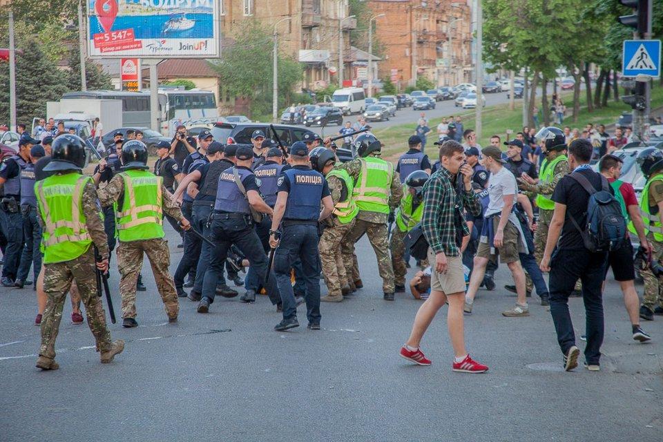 Хибна тривога: Чому Дніпро-2018 не повторив долю Одеси-2014 - фото 124145
