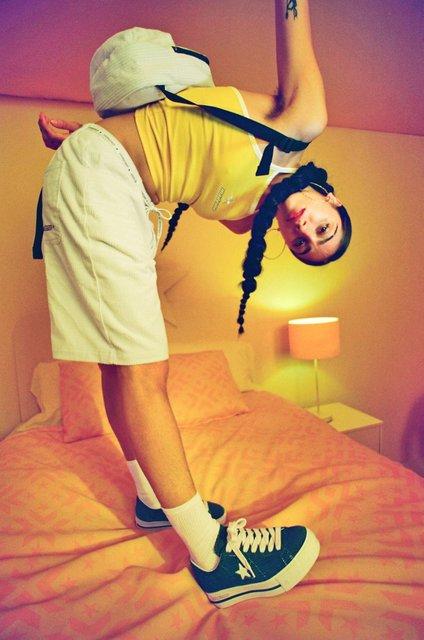 Дочь Мадонны раскритиковали за 'естественность' - фото 126520