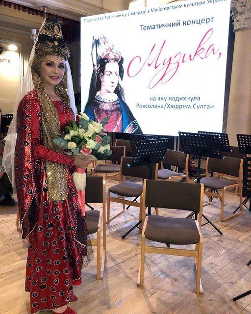 Ольга Сумская спустя 20 лет снова предстала в образе Роксоланы - фото 130582