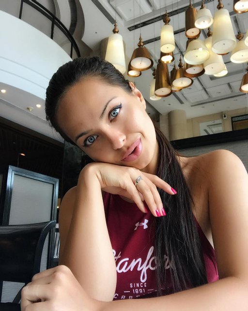 Анджелина Джоли показала своего российского двойника - фото 130407