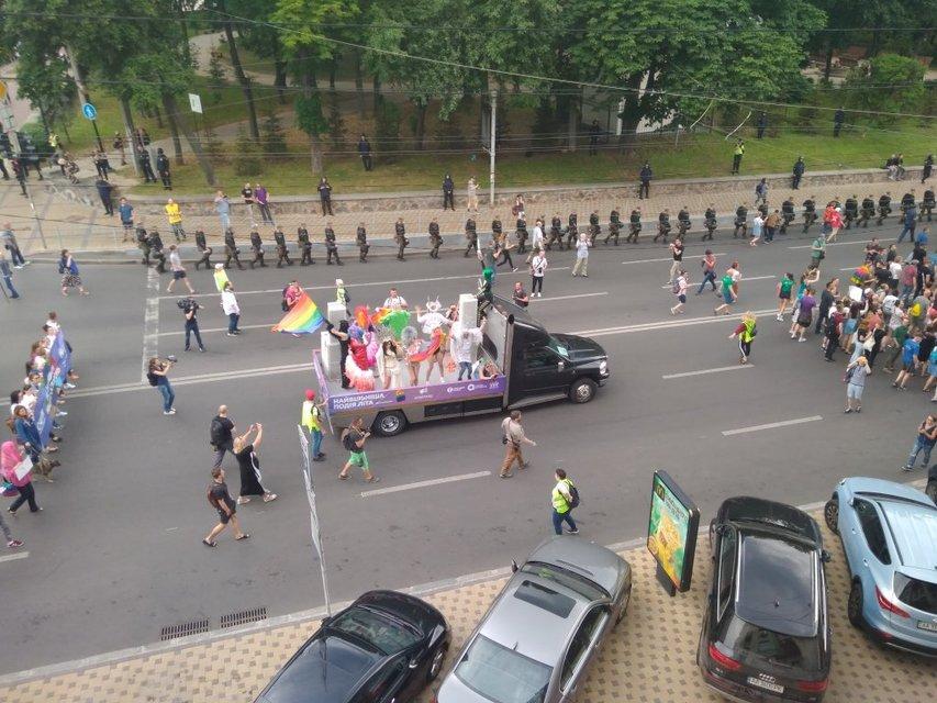 В Киеве завершился Марш равенства: фото, видео с дрона - фото 131185