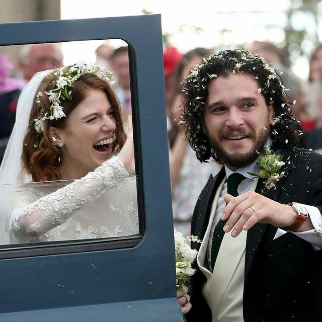 Кит Харингтон и Роуз Лесли поженились (ФОТО) - фото 132371