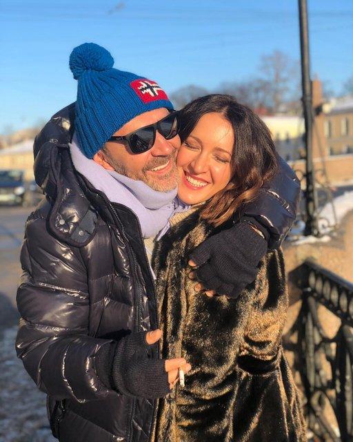 Экс-супруга Сергея Шнурова впервые прокомментировала развод - фото 132983