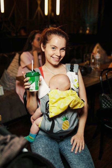 Полина Логунова провела кинобранч для молодых мам - фото 129046