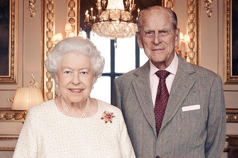 Определили самого затратного члена королевской семьи Британии - фото 133865