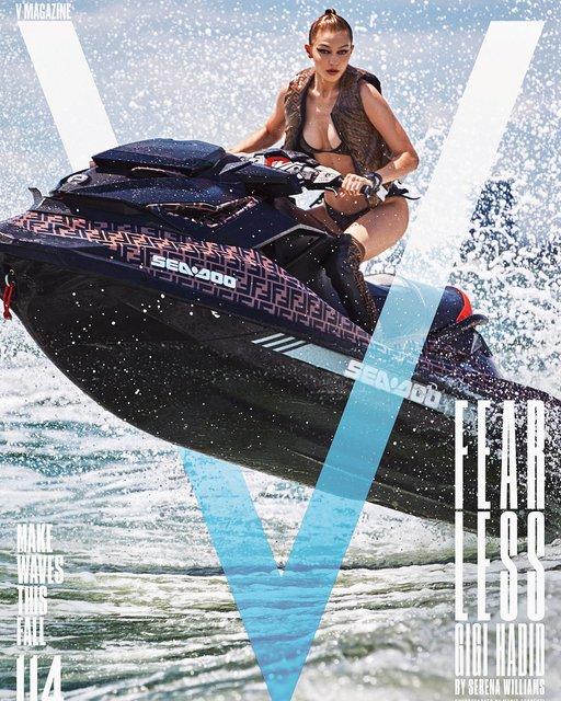 Джиджи Хадид под водой снялась в эффектной фотосессии - фото 134609