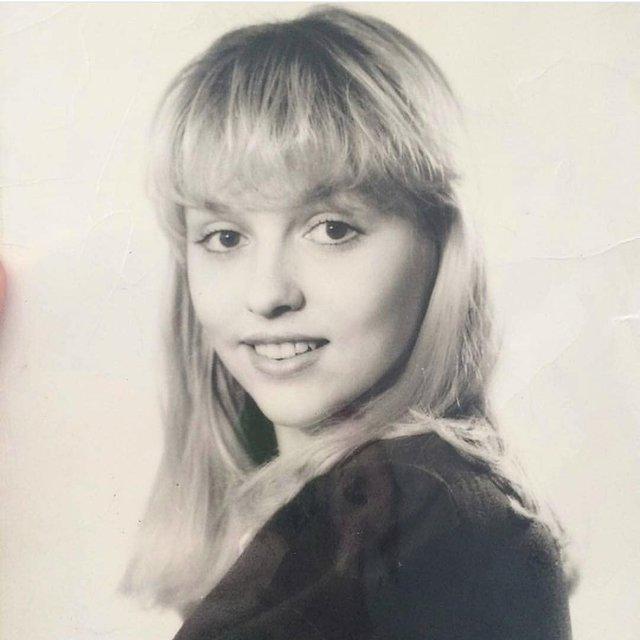 Ангельское дитя: Оля Полякова показала, как выглядела в юности - фото 135169