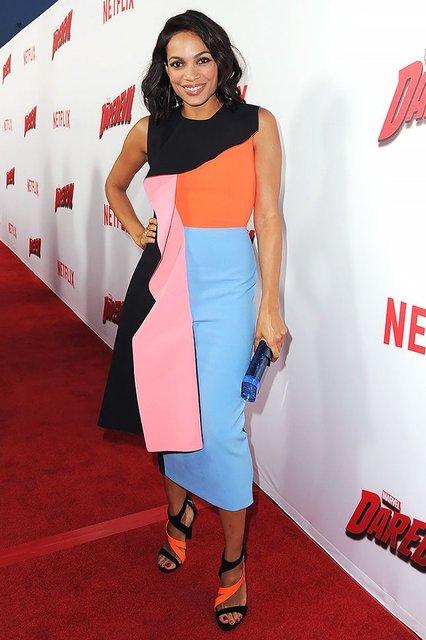 Розарио Доусон получила главную роль в новом сериале - фото 135442