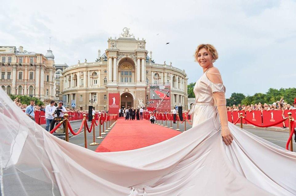 Одесский Международный Кинофестиваль 2018: яркие фото первых дней - фото 135916
