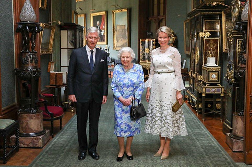 Елизавета II затроллила Дональда Трампа - фото 136344