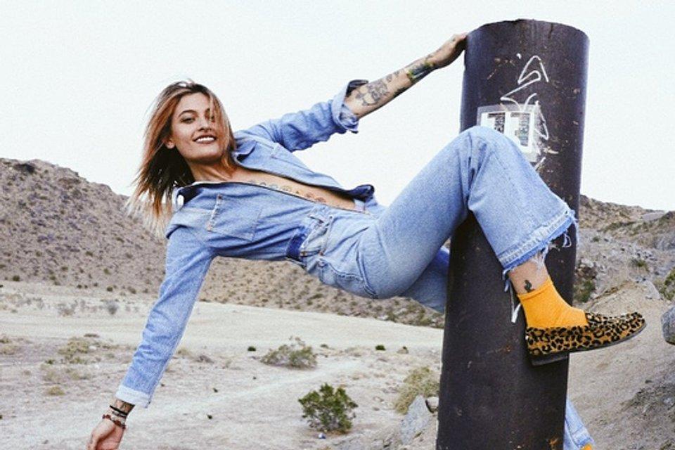 Дочь Майкла Джексона обнажилась для рекламы - фото 136826